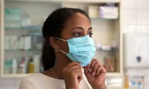 Covid-19 : les vaccins montrent des signes d'espoir, mais la pandémie n'est pas terminée, rappelle l'OMS