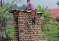 En RDC, l'UNICEF et le gouvernement veulent mettre fin à la défécation en plein air